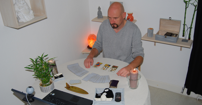 Voyance de qualité par webcam avec Stéphane de voyance17.fr